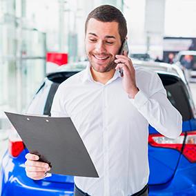 Schritt 1: Fahrzeugbewertung nach Terminvereinbarung für einen Auto Pfandkredit